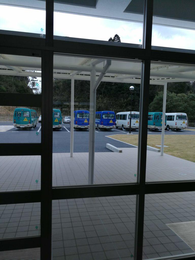 香取市立山田小学校スクールバス
