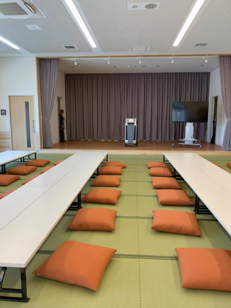 橘ふれあい公園体験学習施設テラス・サンサン多目的室1カラオケ
